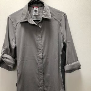 The North Face grey hiking performance shirt med
